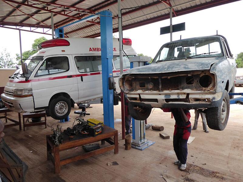 Aktion Tagwerk-Projekt Don Bosco Garage